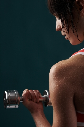 8 tricks on how to get toned arms